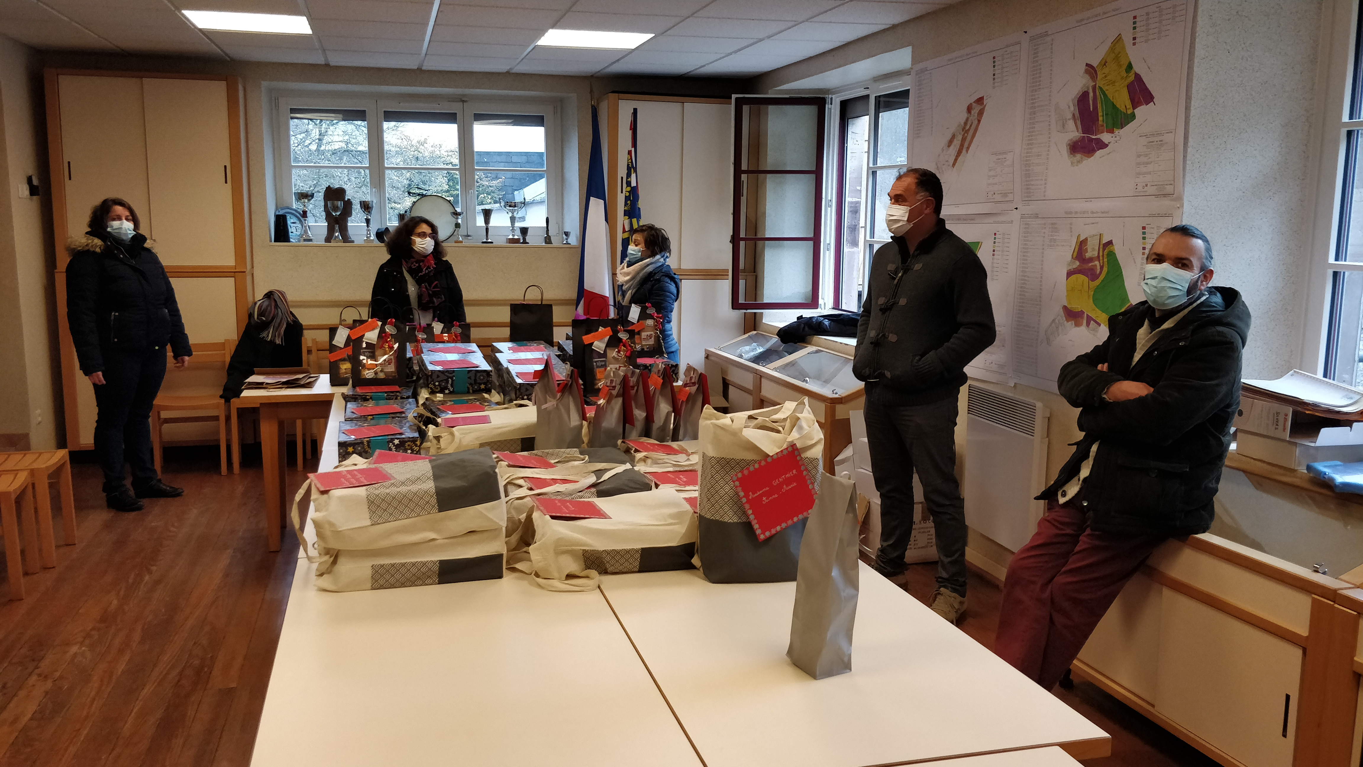 https://www.villers-les-luxeuil.com/projets/villers/files/images/2020_Evenements/12_Colis/IMG_20201219_100328.jpg